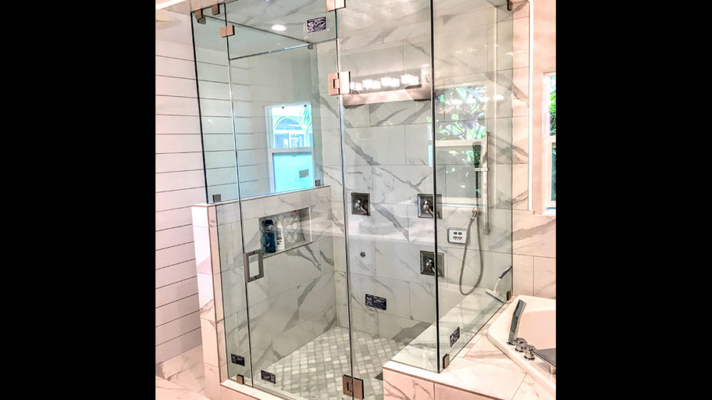 Frameless-90°-Box-Style-Steam-Shower-with-Square-Hardware–Trevor-Christensen